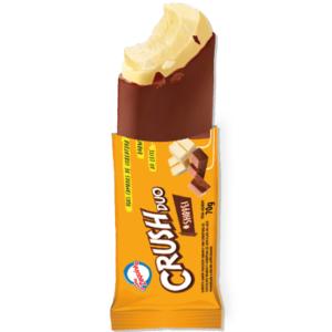 Sorvete sabor chocolate branco com cobertura de chocolate branco e cobertura de chocolate ao leite